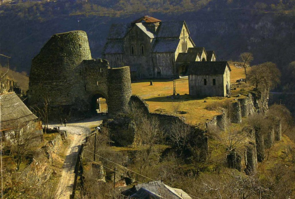 Akhtala-Monastery3-1