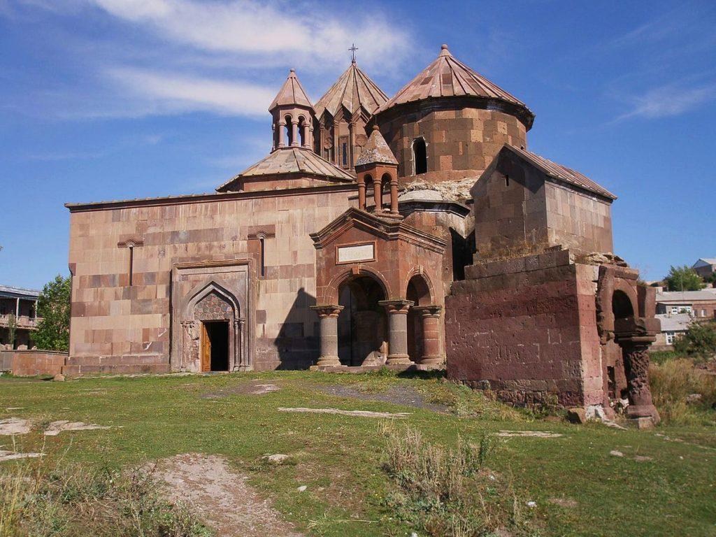 Harichavank-Monastery-Complex