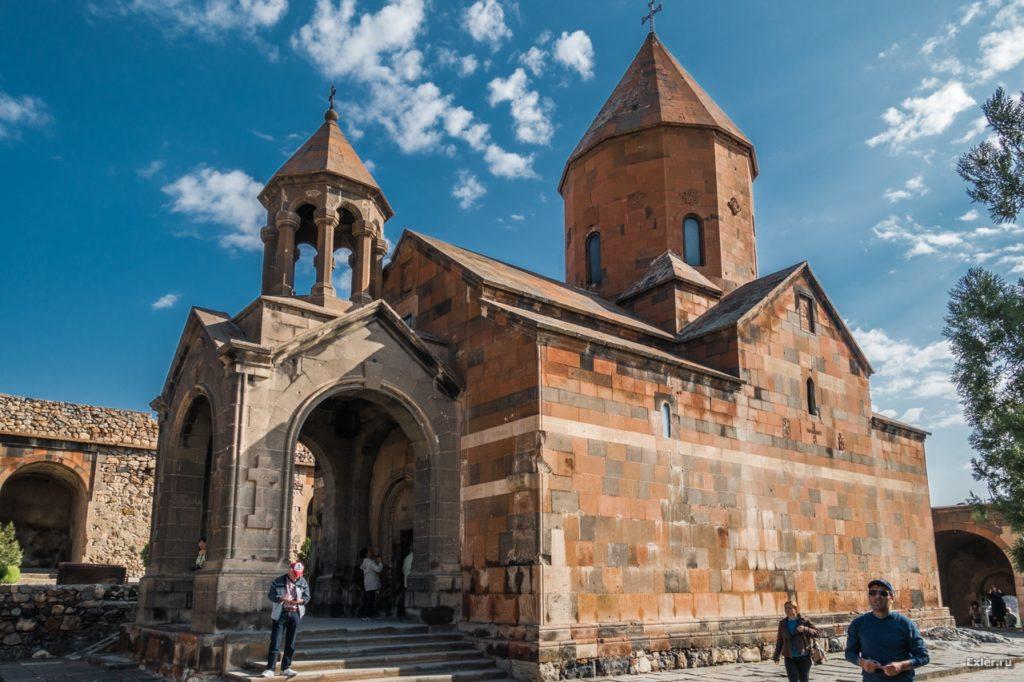 Khor-Virap-Monastery1