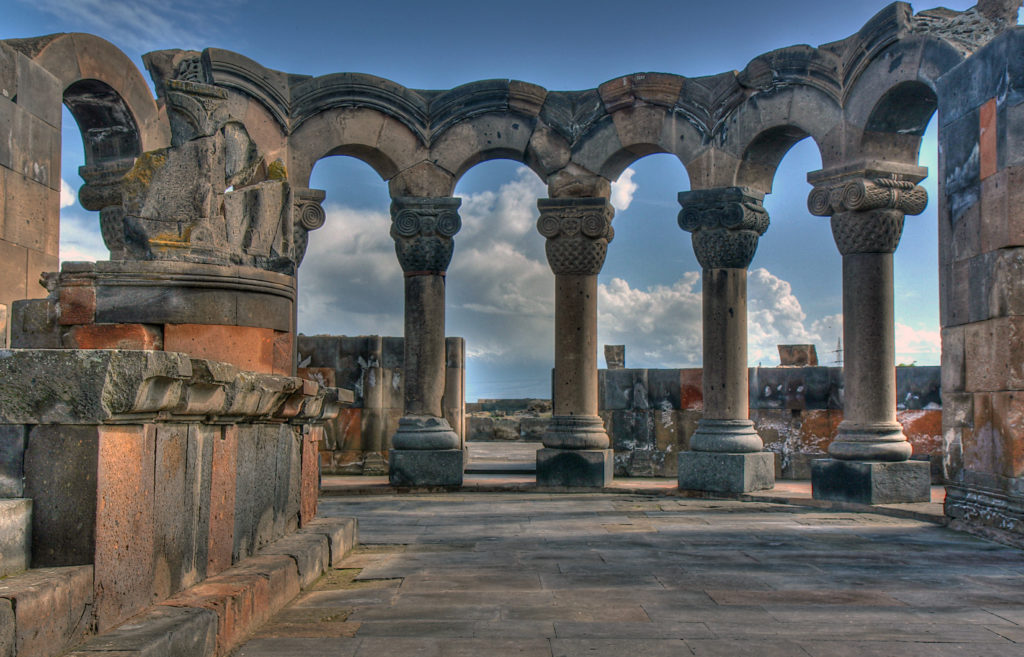 Zvartnots-Temple2