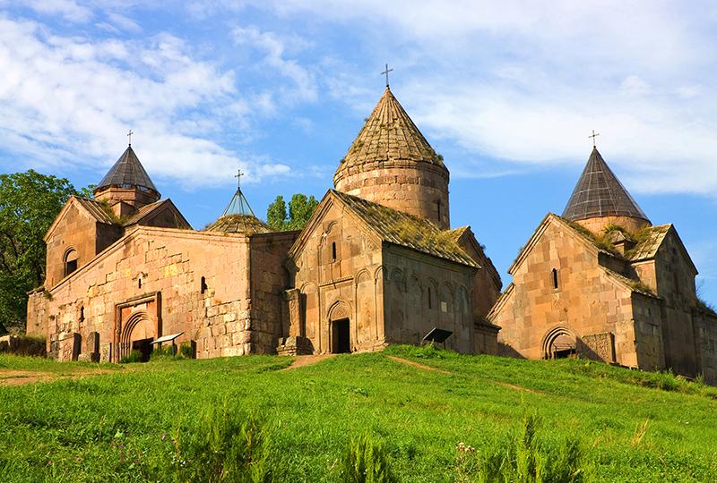 goshavank-monaster